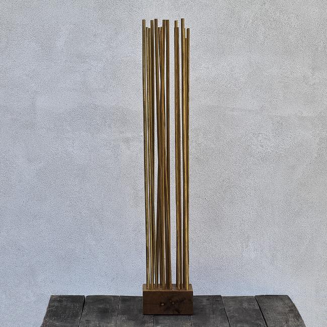 sculptură semnată de arttistul vizual Florin Constantinescu
